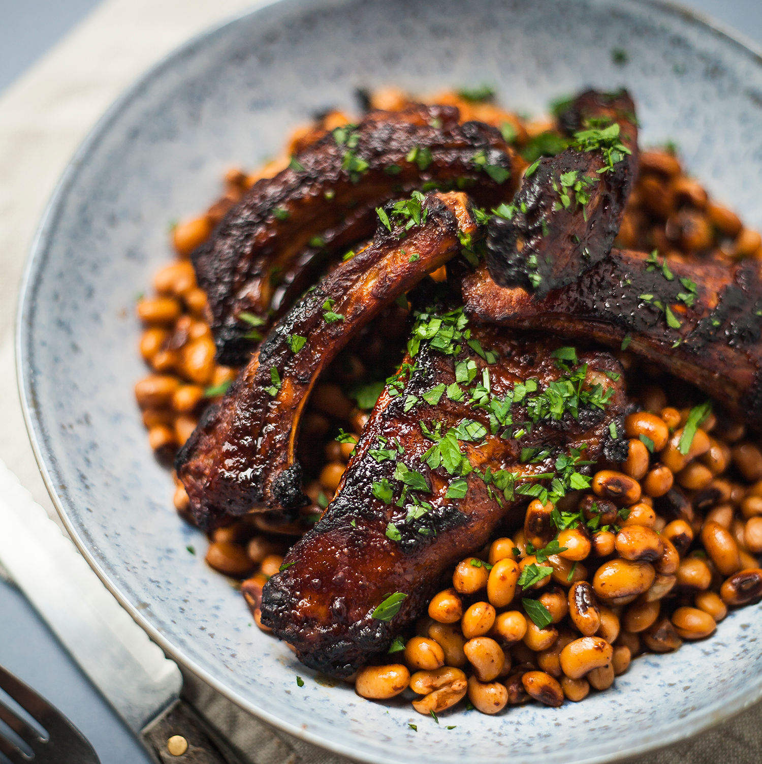 BBQ spare ribs and beans