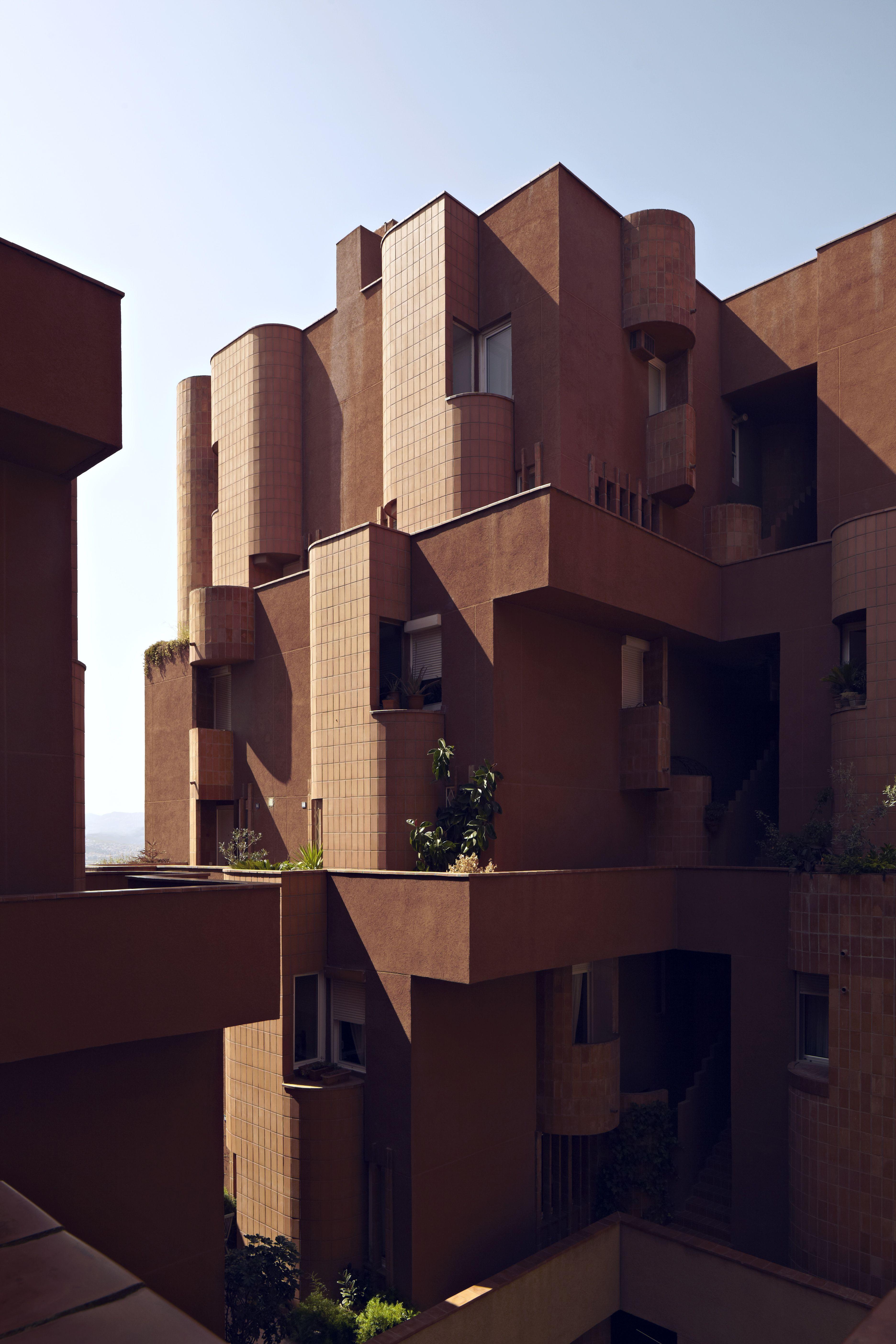 Icono de la arquitectura, el edificio Walden7 de Ricardo Bofill