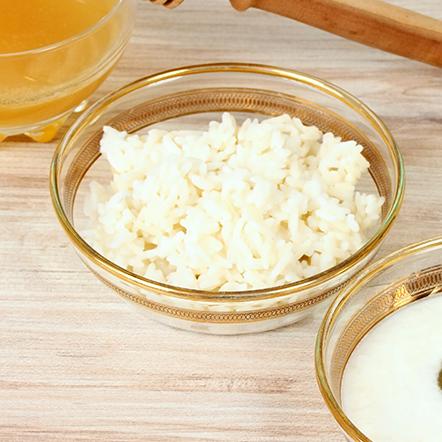 detoxifying rice ginger body scrub