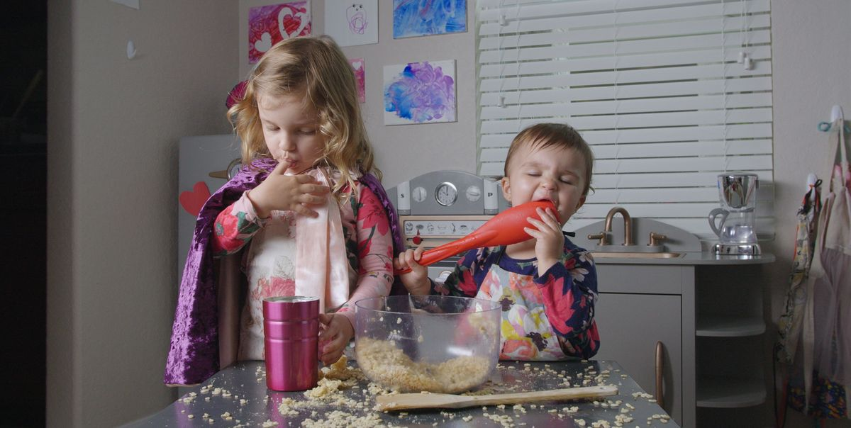 'Quarantine Cooking With Bean And Juju' Is The Cutest Food Show You'll Ever See