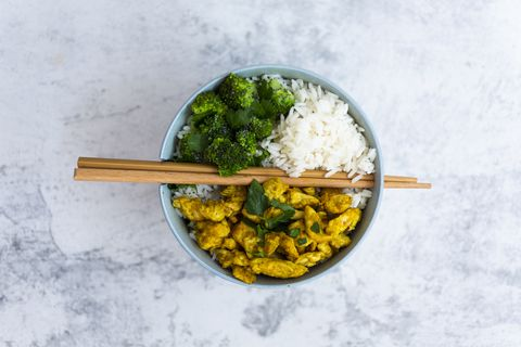 100 gramos proteina verdura hidratos