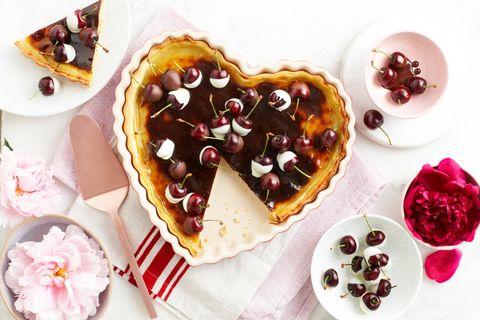 Ricetta crostata di ricotta: la torta alla frutta perfetta per San Valentino