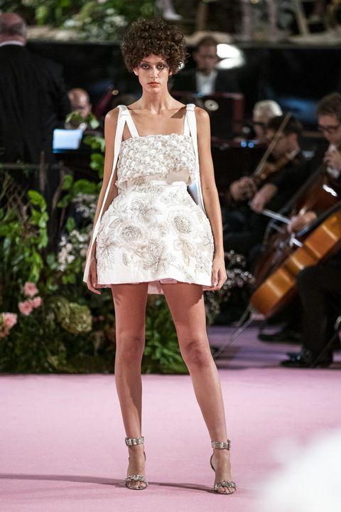 Fashion model, Fashion, Fashion show, Runway, Clothing, Dress, Haute couture, Shoulder, Beauty, Event,