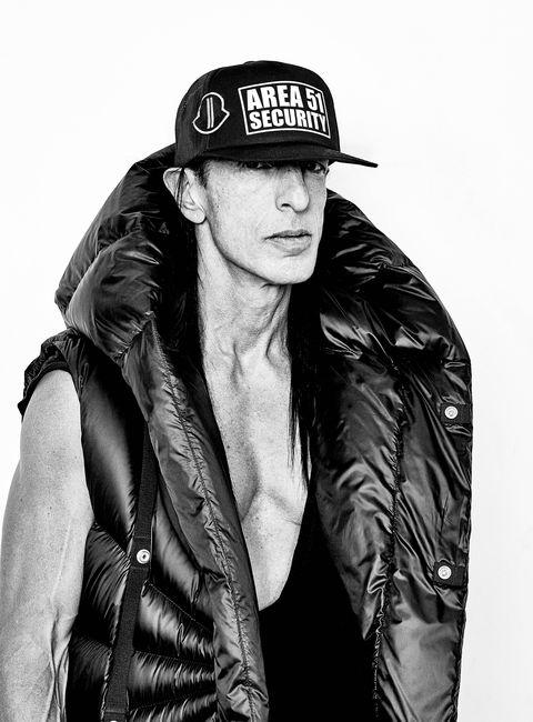 Black, Jacket, Leather, Cool, Leather jacket, Outerwear, Fashion, Photography, Photo shoot, Headgear,