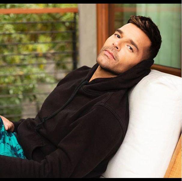Cumpleanos Feliz Ricky Martin.Ricky Martin Da La Bienvenida A Su Cuarto Hijo
