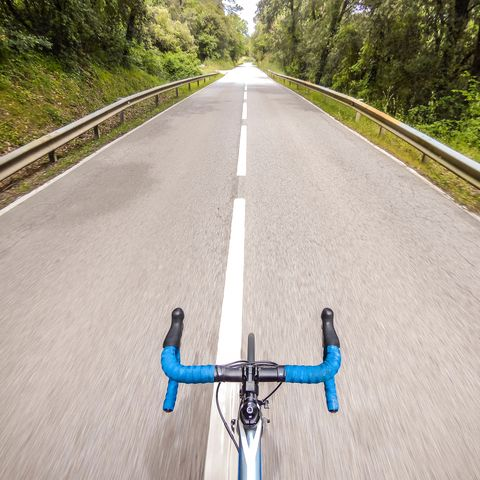 riding in girona no hands