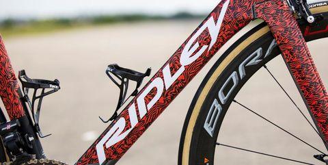 Vehicle, Bicycle wheel, Bicycle tire, Bicycle, Bicycle part, Bicycle frame, Spoke, Hybrid bicycle, Mountain bike, Tire,