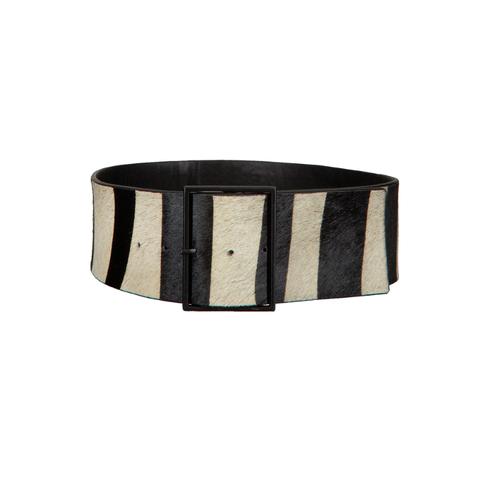 Belt, Beige, Table, Fashion accessory, Wood, Rectangle, Furniture, Belt buckle, Metal, Leather,