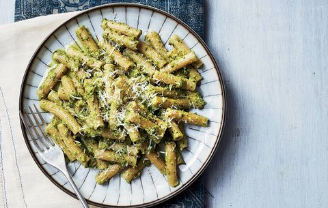 Rigatoni With Pistachio Pesto