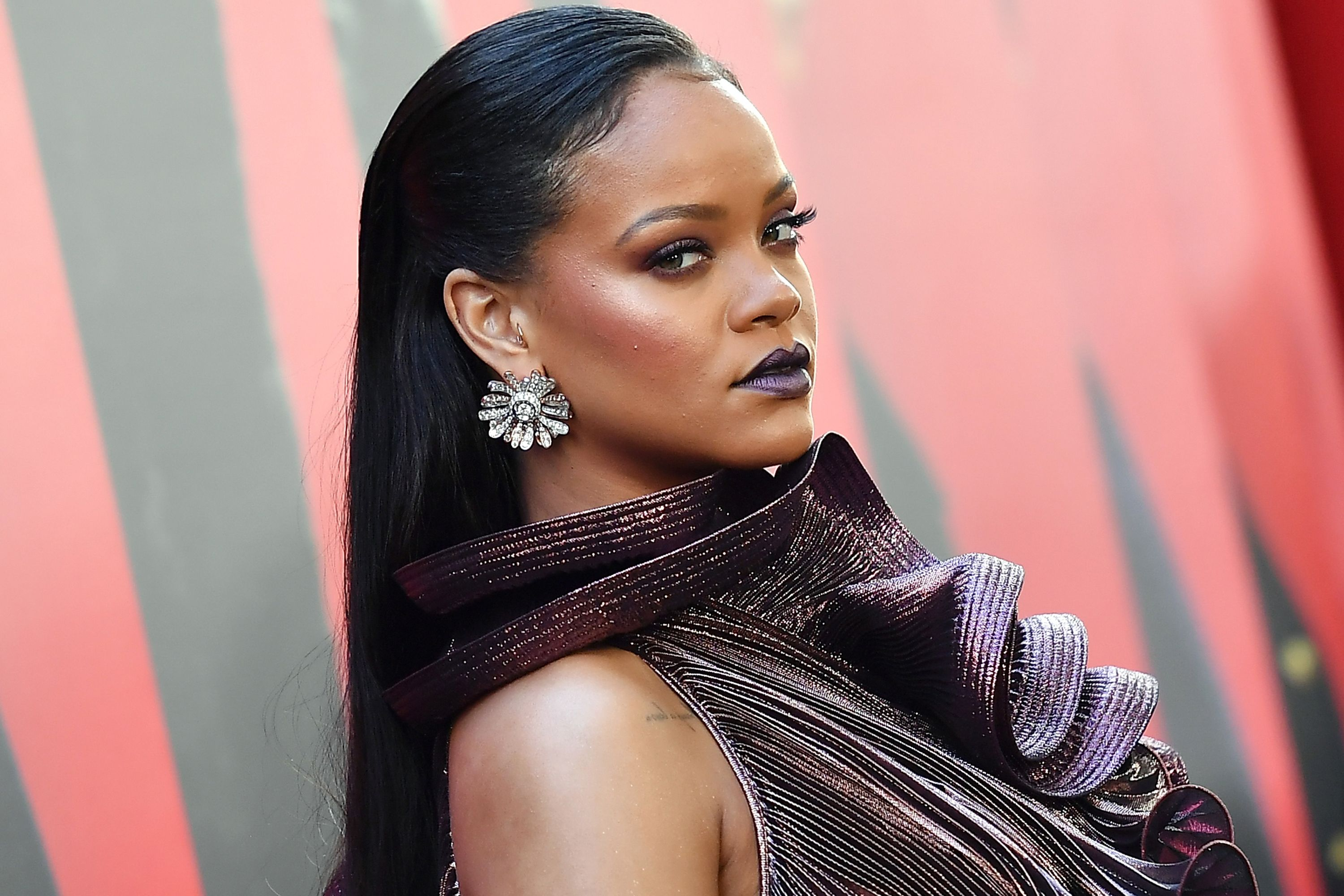 52ca2d25809e Rihanna in talks to launch a luxury fashion house with LVMH