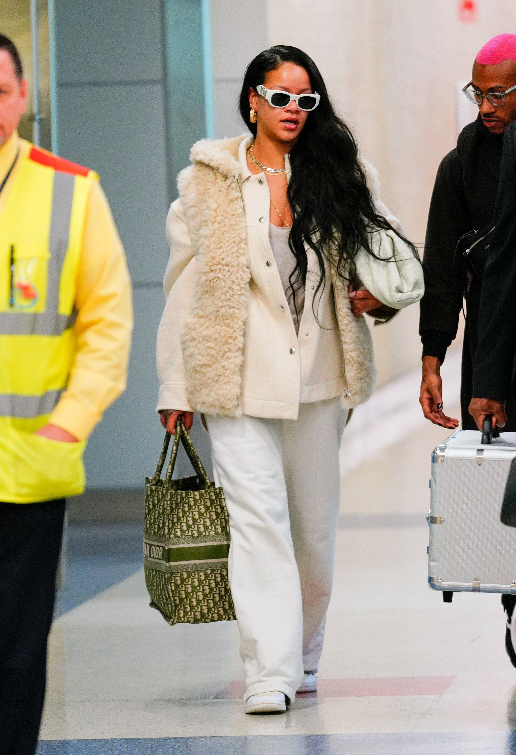 Best Dressing Styles of Rihanna