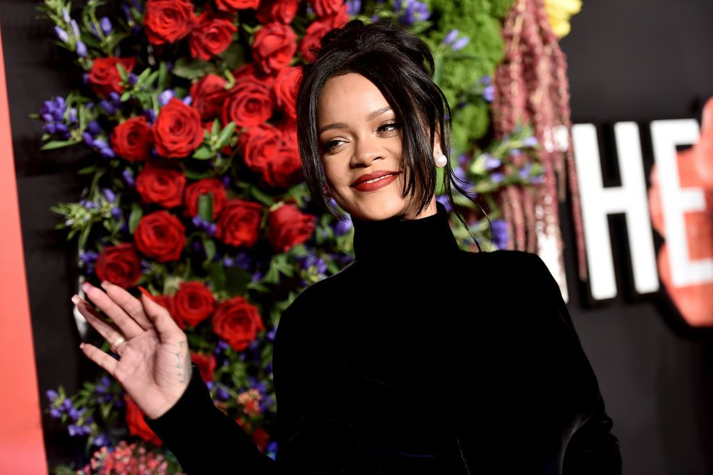Rihanna Oozes 1950s Hollywood Glam In High Neck Givenchy Haute Couture Gown At Diamond Ball