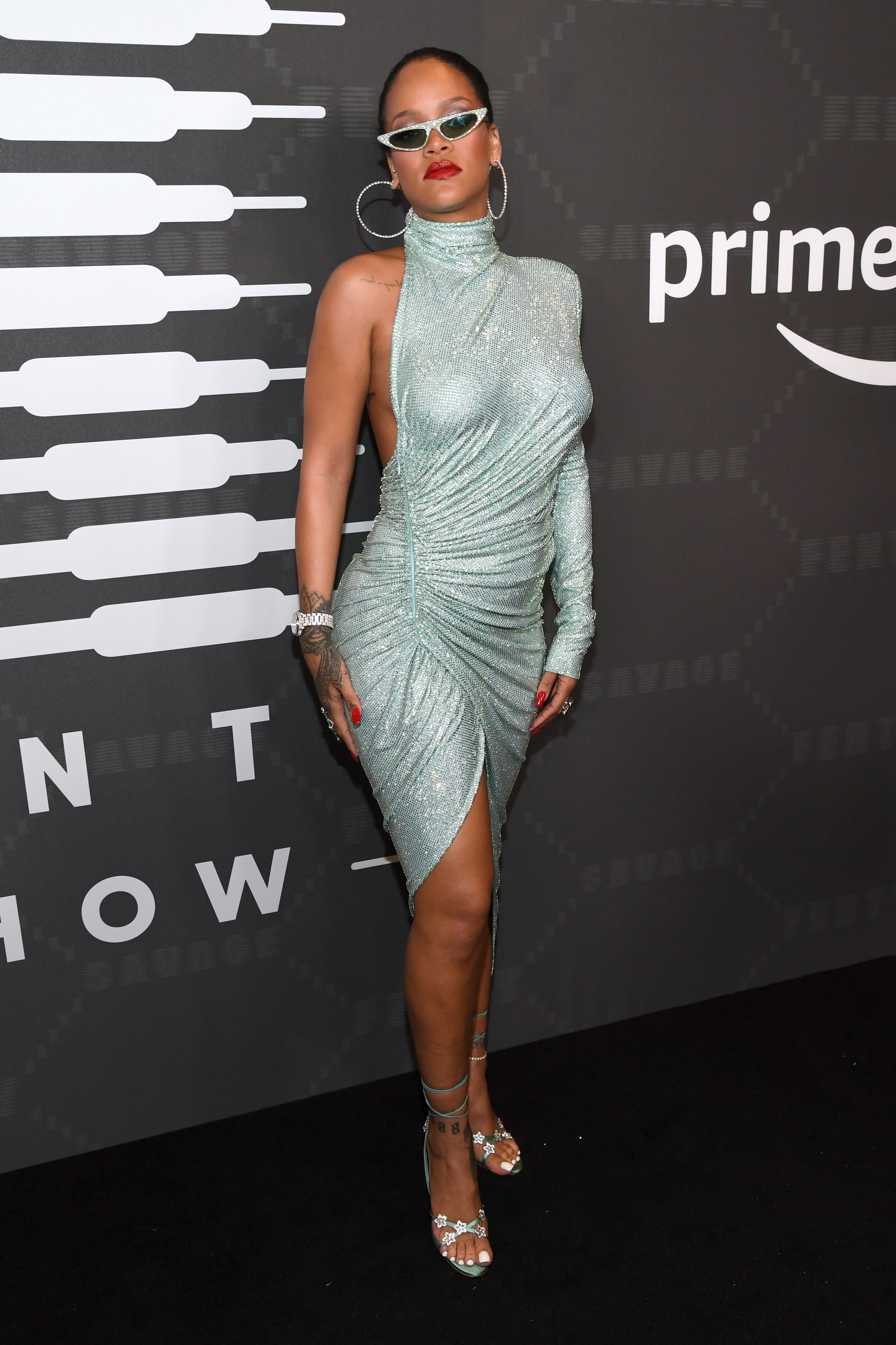 Rihanna\u0027s Best Street Style , Rihanna\u0027s Best Looks