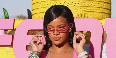 Eyewear, Glasses, Hairstyle, Lip, Pink, Forehead, Sunglasses, Smile, Cool, Black hair,