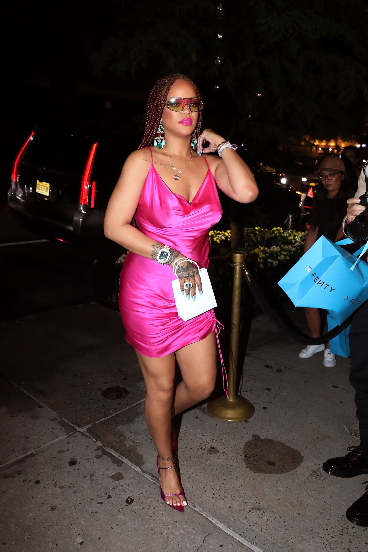 1cb8933608314 Rihanna's Best Street Style - Rihanna's Best Looks