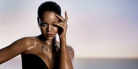 Lip, Hairstyle, Skin, Eyebrow, Eyelash, Jewellery, Fashion accessory, Black hair, Style, People in nature,