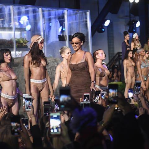 Rihanna nueva firma de lujo.