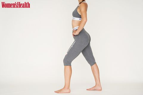 Clothing, Waist, Sportswear, Standing, Active pants, Leg, Shoulder, Human leg, Tights, Arm,