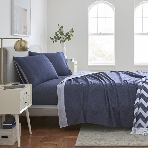 Riley S Reversible Flannel Sheets Are Great For Hot Sleepers Best Flannel Sheets