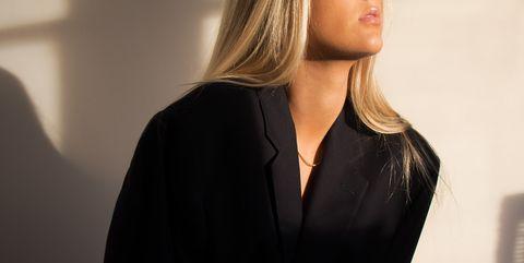 Rimedi naturali per coprire i capelli bianchi