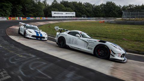 Land vehicle, Vehicle, Car, Sports car, Sports car racing, Performance car, Supercar, Race track, Endurance racing (motorsport), Race car,