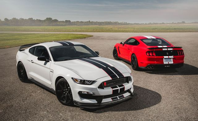 2020 ford mustang shelby gt350 and gt350r