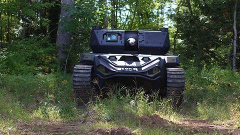 Land vehicle, Off-roading, Vehicle, Off-road vehicle, Motor vehicle, Automotive tire, Car, All-terrain vehicle, Tire, Automotive exterior,