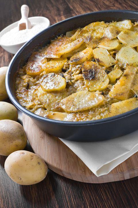 Riso patate e cozze, la ricetta pugliese