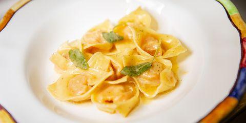 Dish, Food, Cuisine, Ingredient, Casoncelli, Tortelloni, Dumpling, Italian food, Kreplach, Tortellini,
