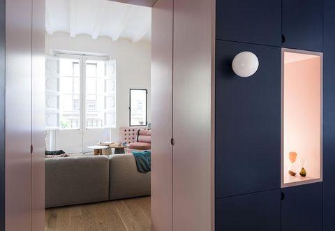 Mini appartamento a Barcellona by Colombo Serboli Architecture
