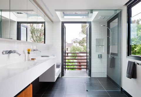 Architecture, Glass, Room, Interior design, Green, Property, Plumbing fixture, Floor, Real estate, Wall,