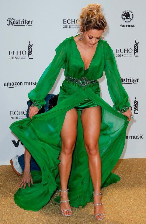 Rita Ora. horror