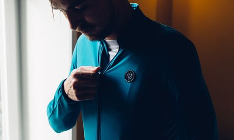 Blue, Turquoise, Green, Shoulder, Outerwear, Jacket, Photography, Hand, Room, Sleeve,