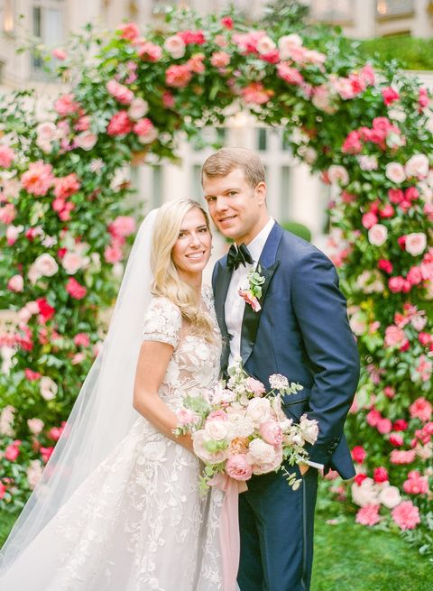 Bride, Photograph, Wedding dress, Pink, Flower Arranging, Dress, Gown, White, Ceremony, Garden roses,