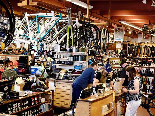 3bf858ee2f5 Hey, Bike Shops: Stop Treating Customers Like Garbage