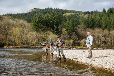 Outdoor recreation, Recreational fishing, Recreation, Fishing, Bank, Wilderness, Water, River, Fly fishing, Watercourse,