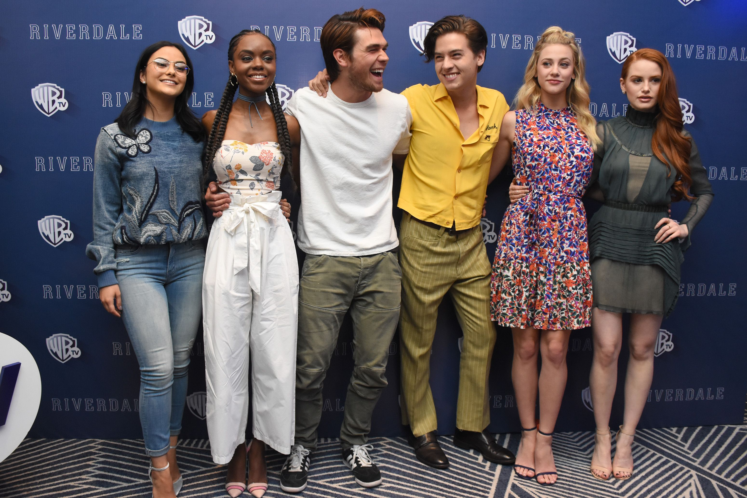 Riverdale Cast Photos - 40 Cute, Funny Pics of the The CW's