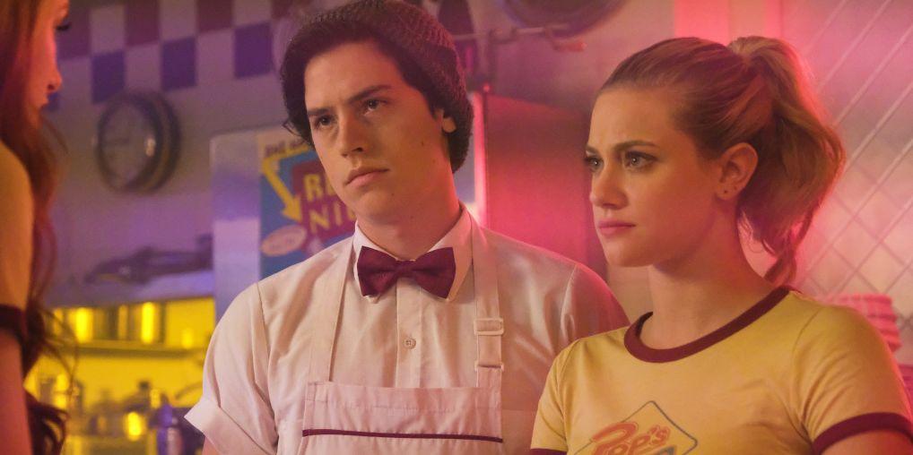 Riverdale Season 2 Episode 2 Nighthawks Recap Betty Cooper Is