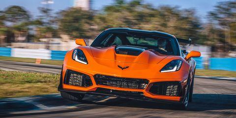 Land vehicle, Vehicle, Car, Sports car, Supercar, Automotive design, Performance car, Corvette stingray, Coupé, Automotive exterior,