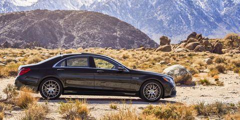 Land vehicle, Vehicle, Car, Luxury vehicle, Personal luxury car, Automotive design, Alloy wheel, Motor vehicle, Rim, Full-size car,