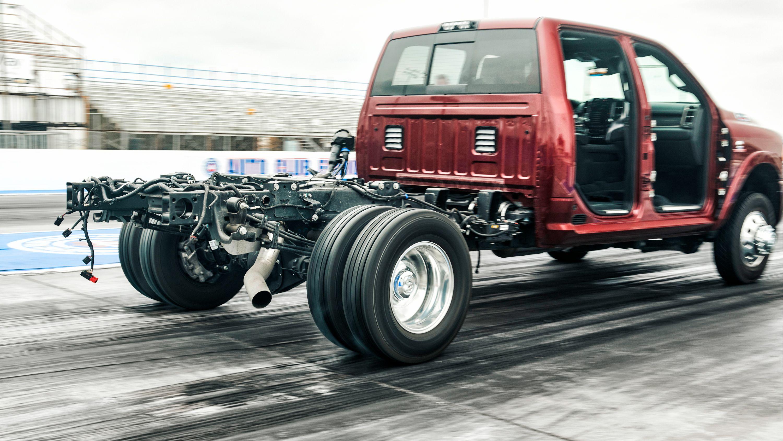 2019 Ram 3500 Cummins Diesel Vs Dodge Viper
