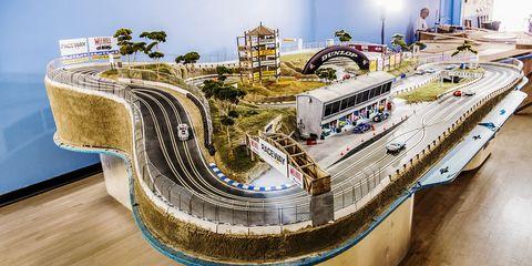 Scale model, Transport, Architecture, Urban design, Building, Vehicle, Overpass, Landscape, City, Junction,