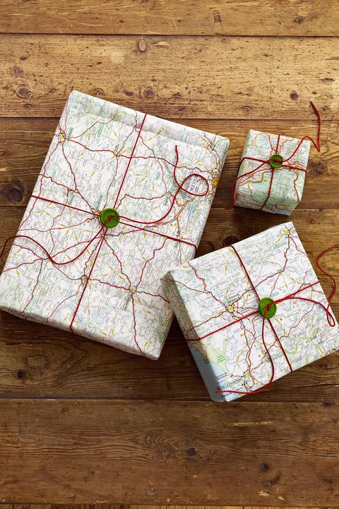 road map gift wrap