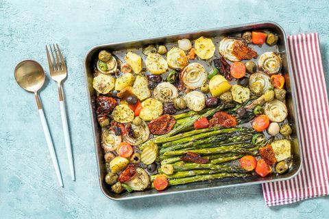 asparagus and baked potatoes