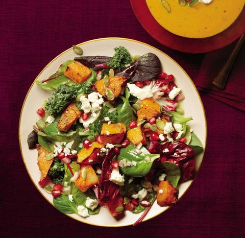 Dish, Food, Cuisine, Garden salad, Salad, Ingredient, Spinach salad, Pomegranate, Vegetable, Greek salad,