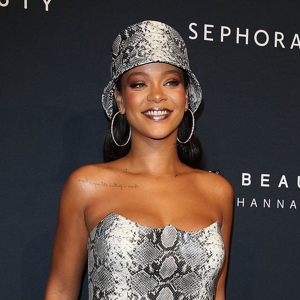 Is Rihanna hinting that she's going to star as Poison Ivy in the Batman movie?