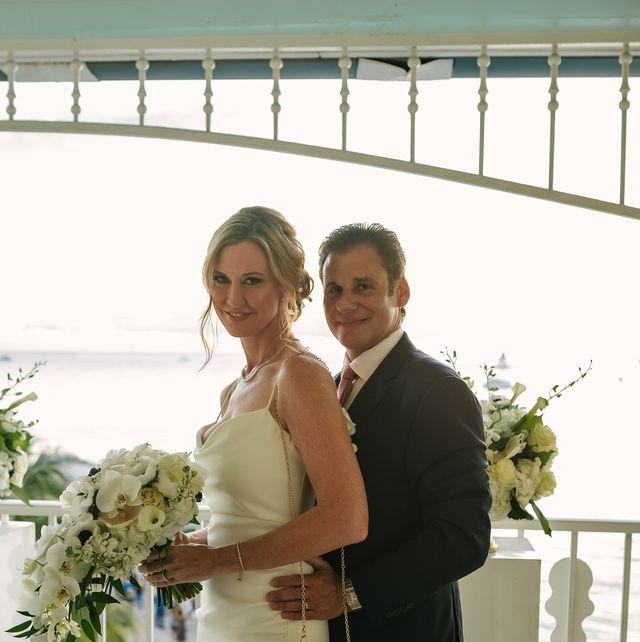 liz and robert's intimate key west wedding