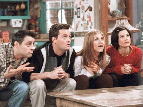 el reparto de friends en una escena de la serie