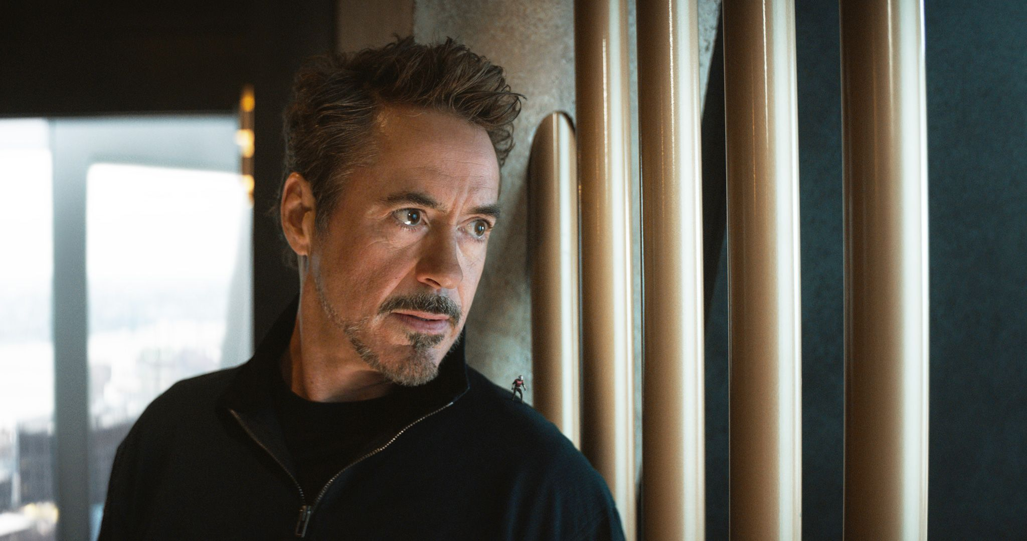 Sensational Why Avengers Endgame Cut Emotional Tony Stark Kneeling Scene Natural Hairstyles Runnerswayorg