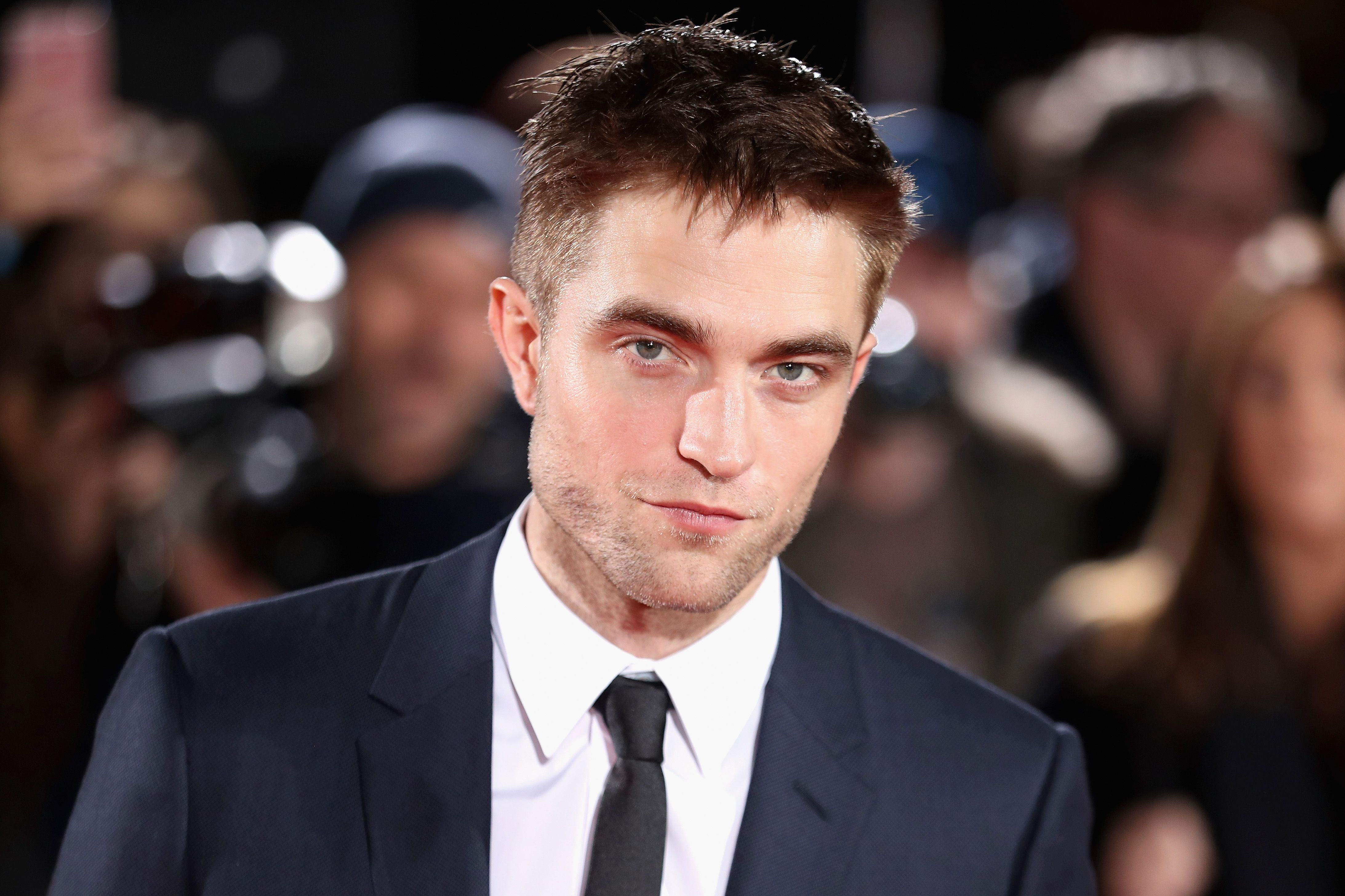 Robert Pattinson dating nu